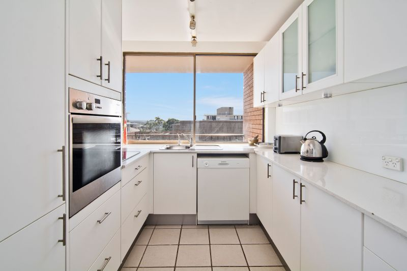 22/156 Military Road, Neutral Bay