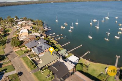 Private Waterfront, With Boathouse & Jetty