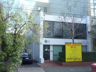 8 Carspaces...Cheap rental...Stand Alone Building