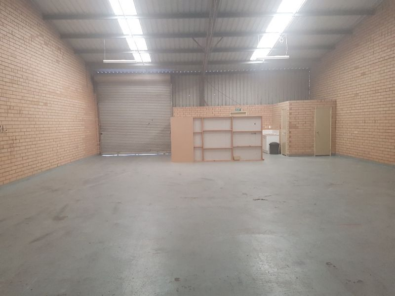 TIDY READY TO GO WORKSHOP/WAREHOUSE