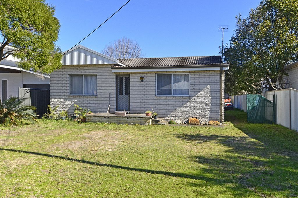 28 Webb Road Booker Bay 2257