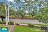 Cosy 2 Bedroom Unit Overlooking Parkland Beautiful Parquetry Floors. Large Bedrooms with Built In Robes. Sought After Location