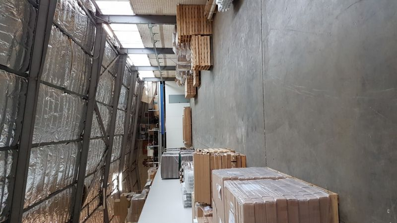 Better Be Quick!!!   270sqm Warehouse in Brookvale.