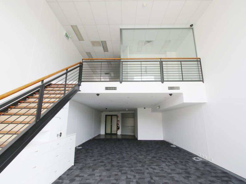 Immediate Sale Required! Office/Showroom With Great Exposure