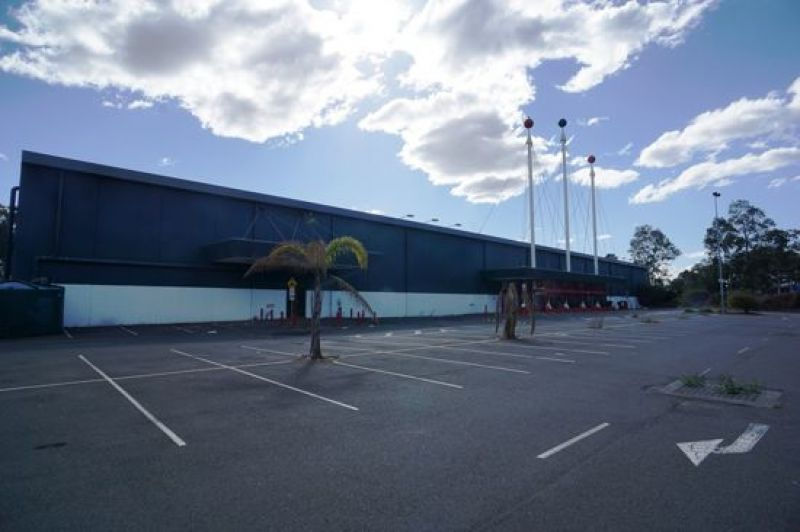 HUGE BULKY GOODS RETAIL OUTLET