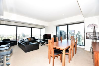 Eureka Tower: 36th Floor - Southbank Living At Its Finest!