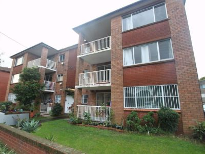 Two Bedroom Unit with Parking