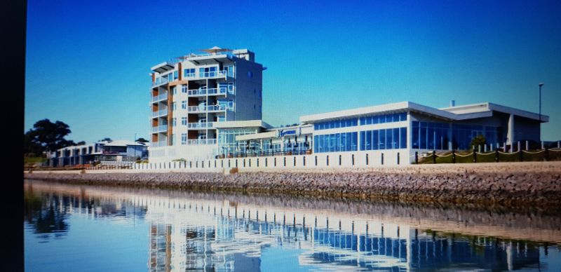 For Sale By Owner: 10 Cameron Court, Wallaroo, SA 5556