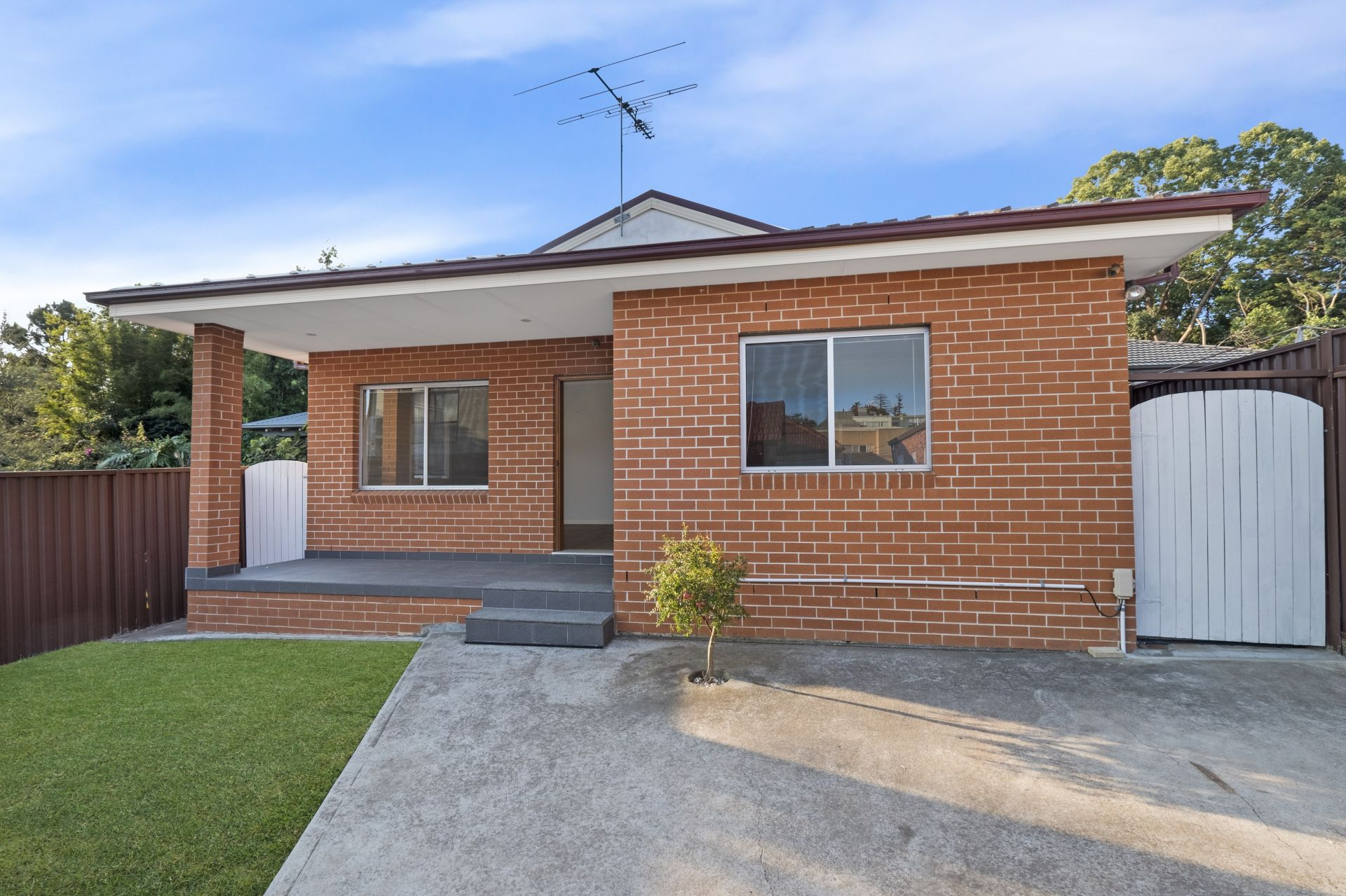 11A Robert Street, Ashfield