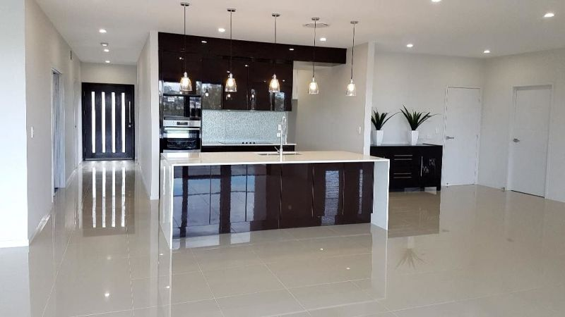 Private Rentals: Springfield Lakes, QLD 4300
