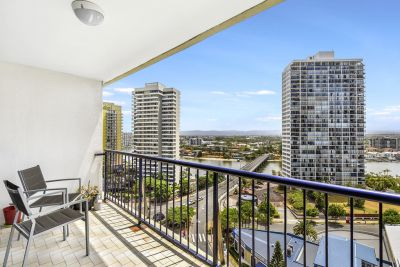 A GREAT PLACE TO LIVE! IN THE HEART OF SURFERS PARADISE!