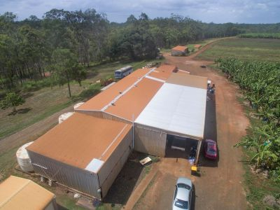 PRIME 160 ACRES, RED SOIL, 2 DWELLINGS – 400M2+ SHED – 80 MEG ALLOCATION CHANNEL WATER + 77 MEG DAM – BE QUICK…..