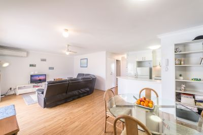 Renovated 2 Bedroom Close To Broadbeach