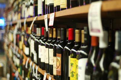Well Established Bottle Shop near Collingwood – Ref: 15044