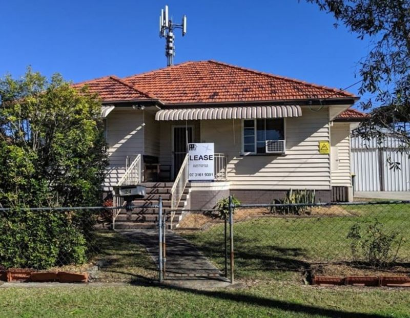 Office & Workshop Opportunity in the heart of Enoggera