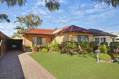 DELIGHTFUL FAMILY HOME IN SOUGHT AFTER LOCALE