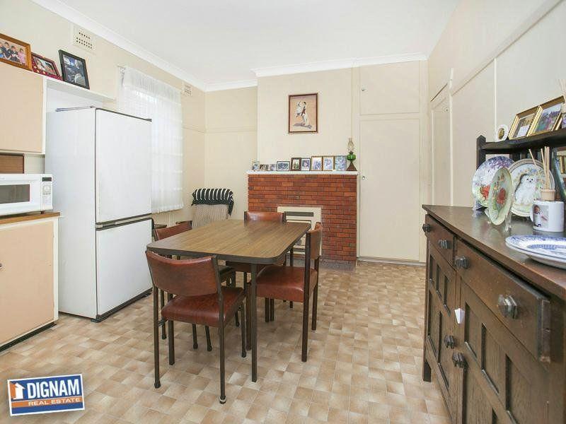 14 Redman Avenue, Thirroul NSW
