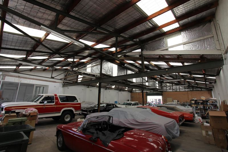 Rare Warehouse & Yard Space on Bellevue Parade