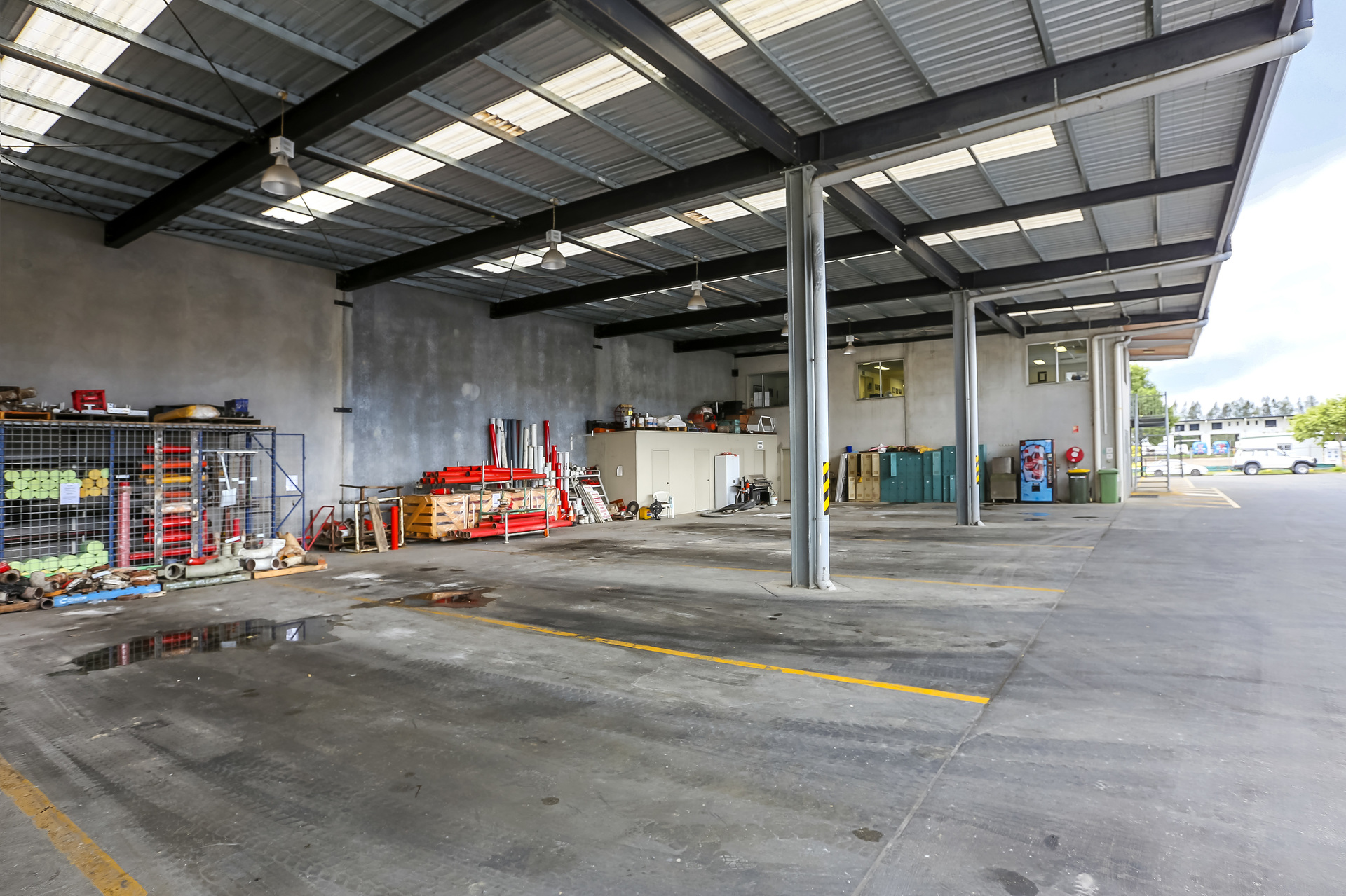 FREEHOLD INDUSTRIAL INVESTMENT - Fully Leased - Standalone