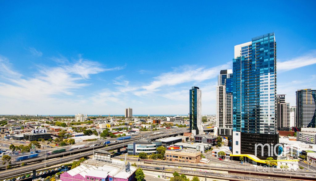 MAINPOINT: 27th Floor - Fantastic Views of The Bay!
