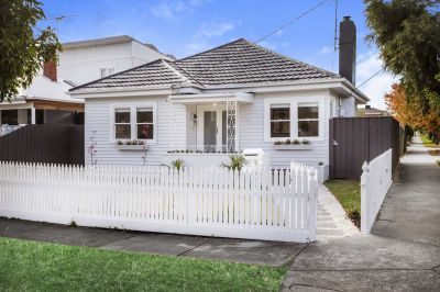 On the boundary of West Footscray and Maidstone sits this resplendent contemporary timber home