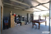 1/2 ACRE - GRANNY FLAT -  SHED