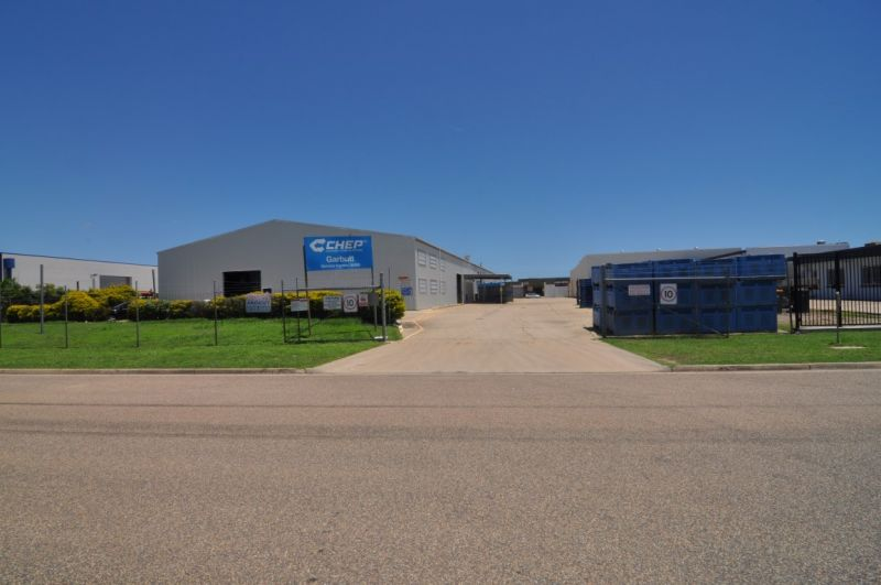 Large Warehouse in Central Garbutt - Multiple Options to Fit User
