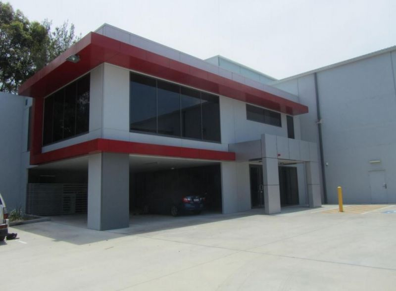 3357m2* MODERN WAREHOUSE & DISTRIBUTION FACILITY WITH OFFICES