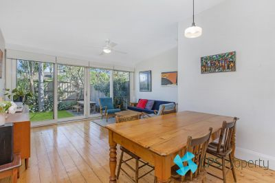 TRANQUIL & SPACIOUS 4 BEDROOM INNER-CITY TERRACE HOME - PET FRIENDLY