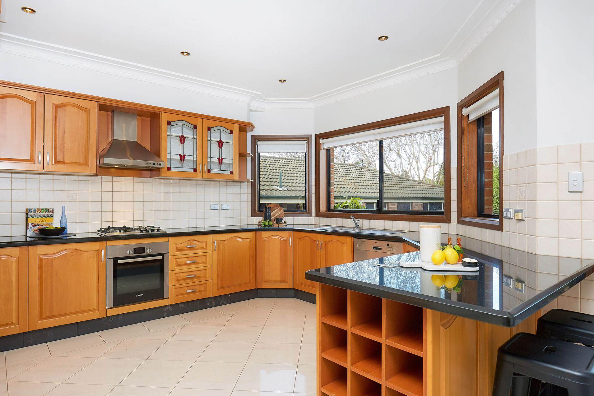 24 Narani Crescent, Earlwood