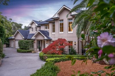 Magnificent estate-like residence with tennis court and pool