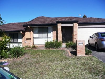 STYLISH DUPLEX - UPPER COOMERA