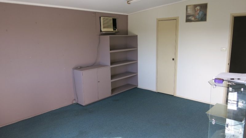 Budget Priced First Floor Albion Office