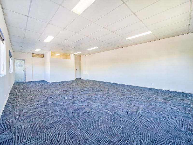 Affordable Office, Close to Motorways
