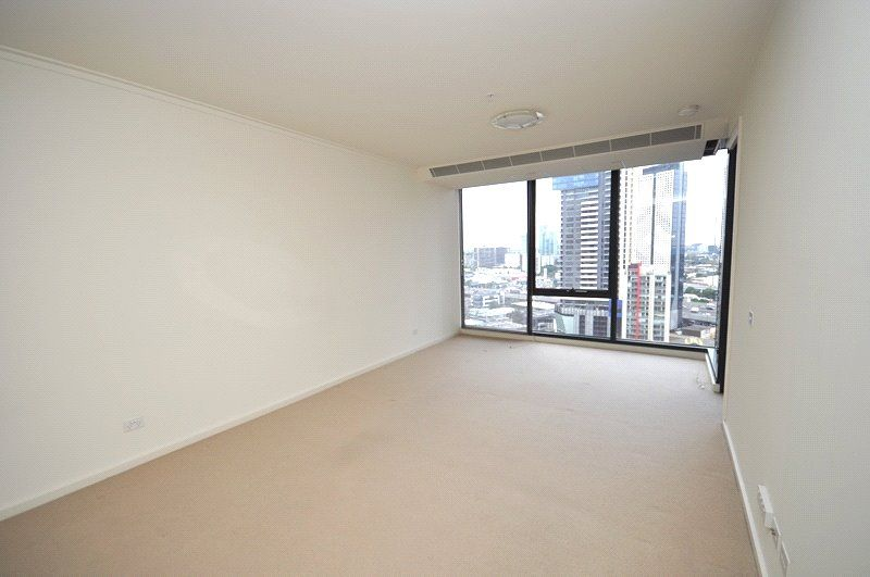 Vue Grande: 19th Floor - Separate Study Area!
