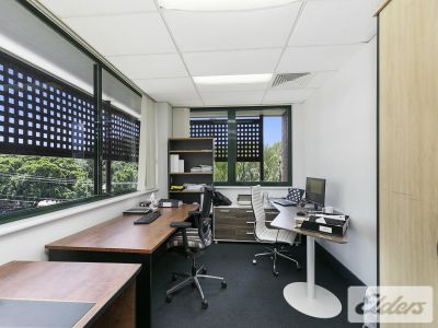 TURN KEY OFFICE JUST 100M TO TOOWONG VILLAGE
