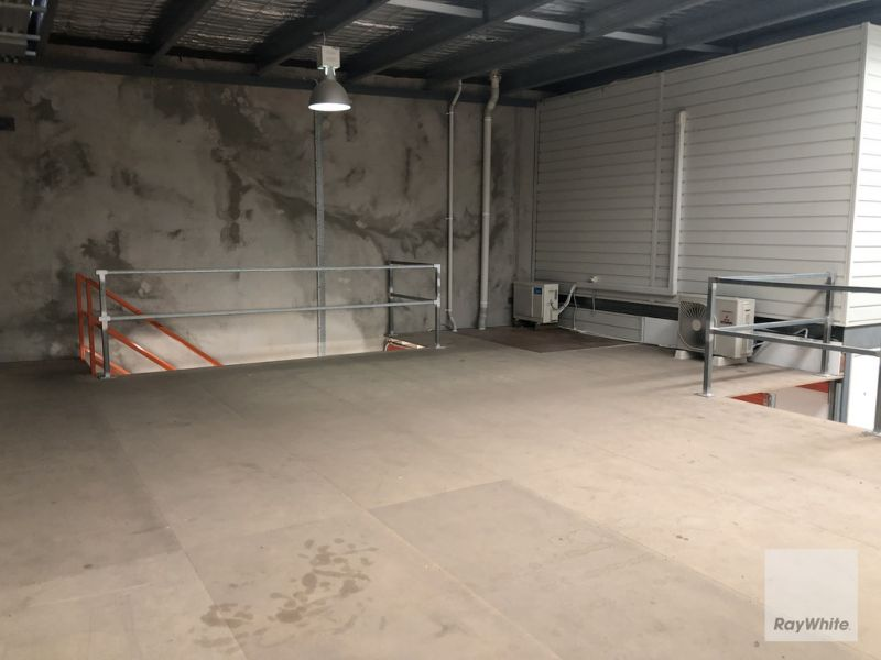 Tidy Warehouse with Office & Mezzanine