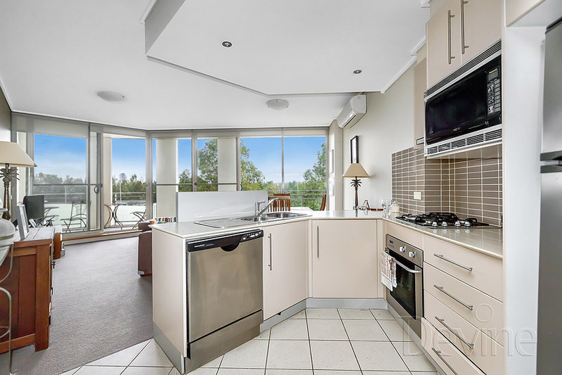 404/1 The Piazza, Wentworth Point