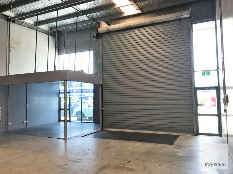 Tilt Panel Warehouse Located in Corporate Park Estate