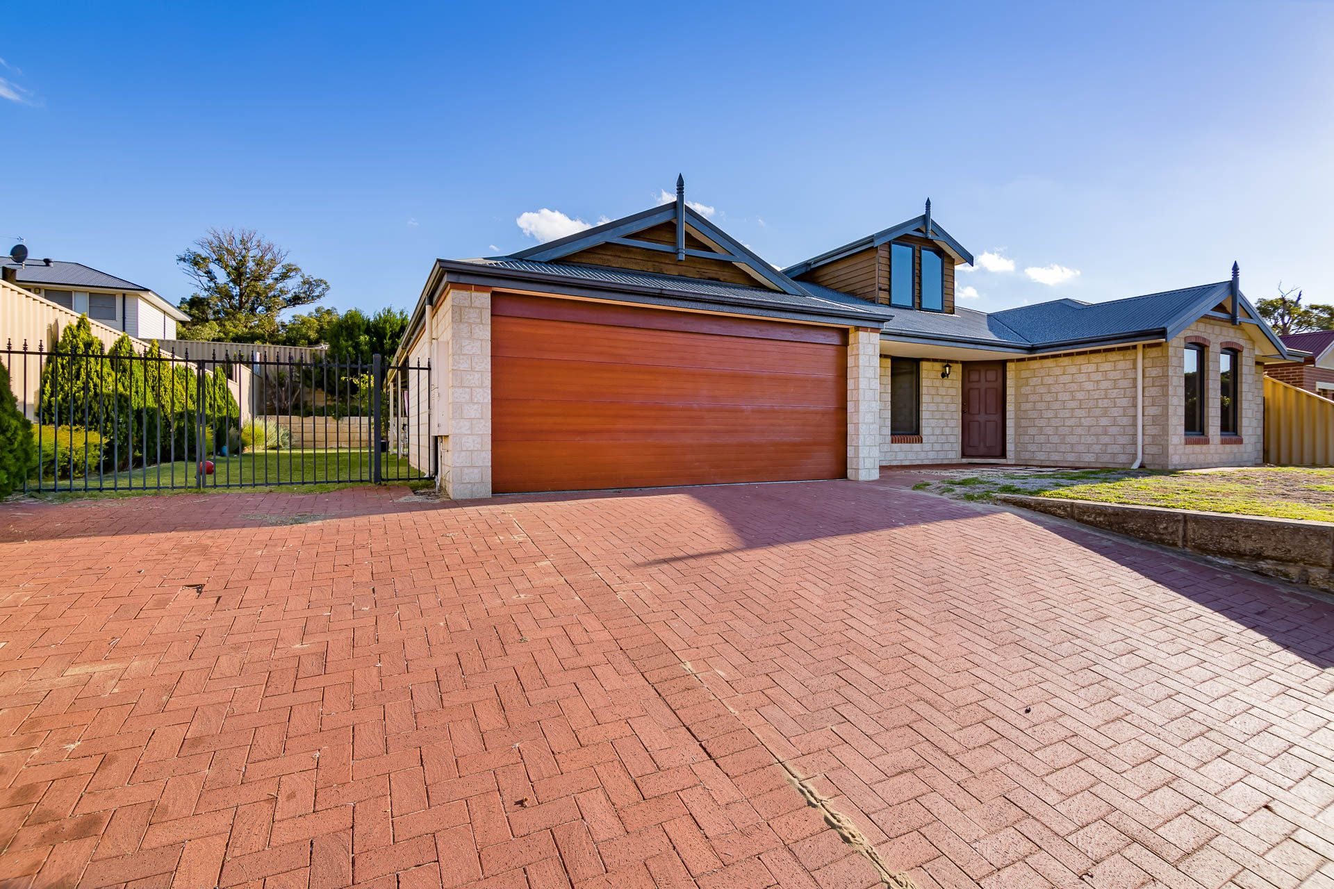 9 Possum Way, College Grove