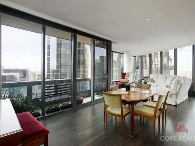 Luxury Living with Stunning Yarra & City Views