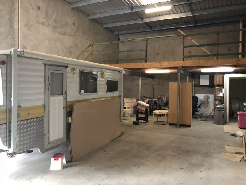 PRICE REDUCED - Practical, Clean & Tidy Industrial Unit in Kunda Park | For Sale