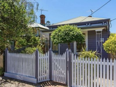 Cute as a button, single front period home in central Footscray!