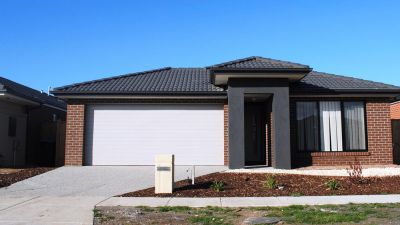 Saltwater Estate, 11 Warunda Parade: Your New Home Awaits!