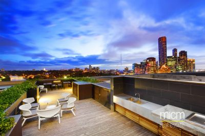 Coveted Flinders Street Living!