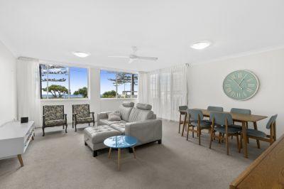 Beachfront 3 bedroom apartment