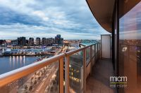 Choose Modern, Spacious and Relaxed Docklands Living!