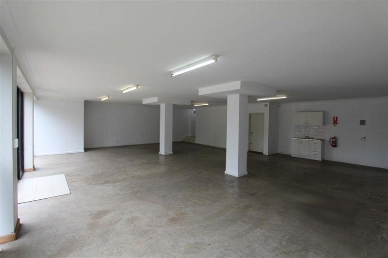 LEASED BY KYLE DEWEY - 118m² Showroom Space on Roberts Avenue