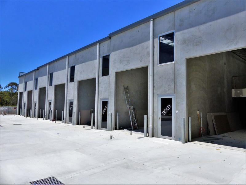 84sqm* BRAND NEW OFFICE/ WAREHOUSE
