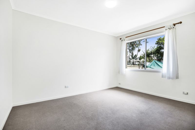 Presenting this very rare opportunity, situated in the popular beachside village of Fingal Head